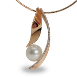 La Preziosa - Pendant with southsea pearl, redgold, diamonds, handcraft