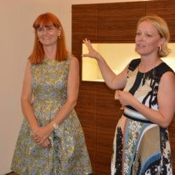 Christine Gamper (rechts) erklärt die verschiedenen Menschentypen