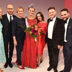 Familie Gamper mit der neuen Miss Johanna Ciech