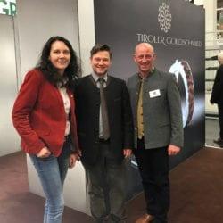 Hoher Besuch bei Tiroler Goldschmied auf der Jagd & Hund in Dortmund