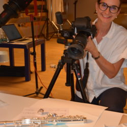 Manuela fotografiert ein Prachtstück aus der Kollektion La Preziosa
