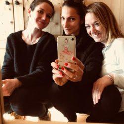Ein entspannter Moment: Melanie Trafojer, Pamela Pizzardo und Maria Gamper