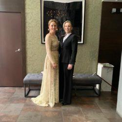 Maria Gamper und Ulrike Schwarz bei der Grammy-Verleihung
